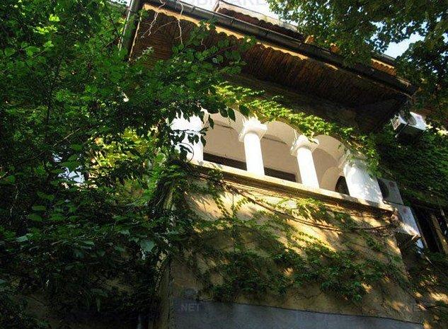 Cotroceni, apartament in vila , 8 camere  etaj 1+M/P+1+M - imaginea 1