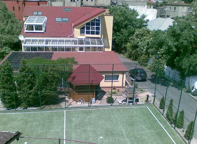 Unirii-Matei Basarab casa si teren 1600mp - imaginea 1