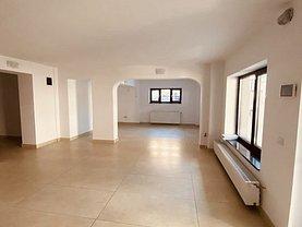Casa de vânzare sau de închiriat 15 camere, în Bucureşti, zona Casin