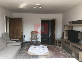 Apartament de vânzare 2 camere, în Brasov, zona Aurel Vlaicu