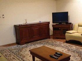 Apartament de închiriat 2 camere, în Constanta, zona Trocadero