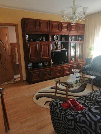 Apartament 3 camere confort 1 Poarta 6 - imaginea 1