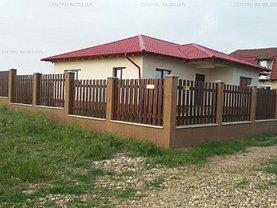Casa de vânzare 3 camere, în Lazu