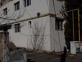 Casa de închiriat 10 camere, în Constanta, zona Abator