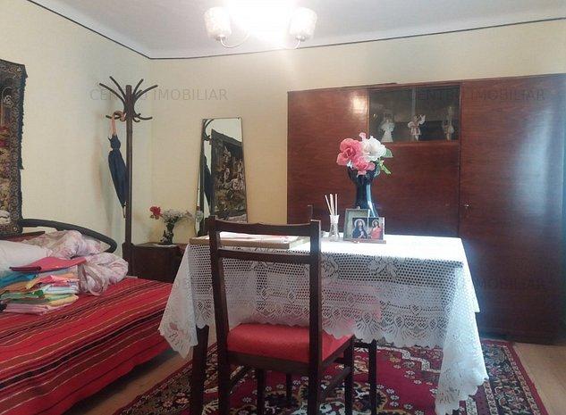 Ovidiu (Soseaua Nationala) - Casa 3 Camere teren 521mp - 68000euro negociabil - imaginea 1