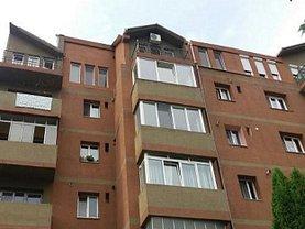 Apartament de vânzare 4 camere, în Bistrita, zona Est