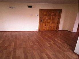 Apartament de vânzare 2 camere, în Ramnicu Valcea, zona Traian