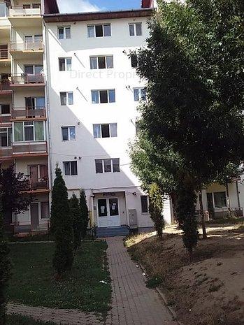 Apartament 2 camere, semicentral - imaginea 1
