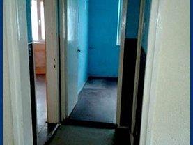 Apartament de vânzare 3 camere, în Vaslui, zona Est