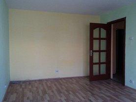 Apartament de vânzare 3 camere, în Urziceni, zona Central