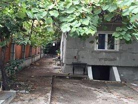 Casa de vânzare 3 camere, în Vaslui, zona Spital