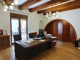Casa de închiriat 8 camere, în Bucureşti, zona Primăverii