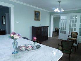 Apartament de închiriat 4 camere, în Cluj-Napoca, zona Intre Lacuri