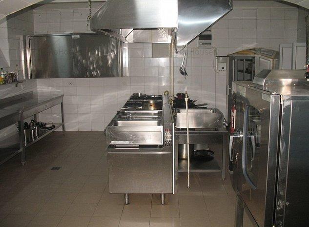 Spatiu catering / delivery 140 mp pozitionat central - imaginea 1