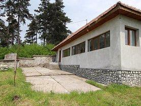 Casa de vânzare 3 camere, în Perşani