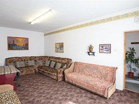 Casa de vânzare 12 camere, în Brasov, zona Florilor
