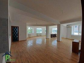 Casa de vânzare 16 camere, în Pantelimon, zona Central