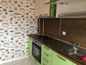 Apartament de închiriat 3 camere, în Iasi, zona Tatarasi
