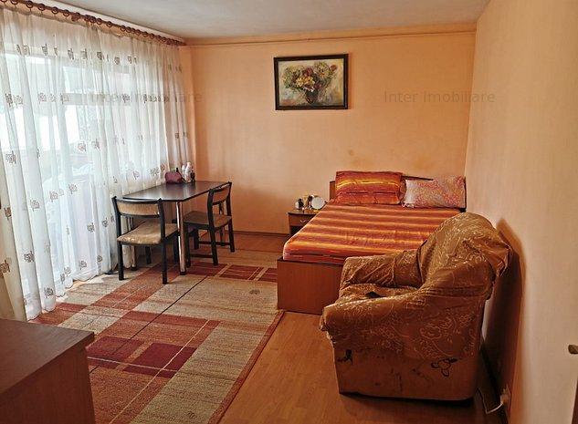 Apartament 2 camere decomandat Alexandru cel Bun - piata - imaginea 1