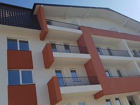 Apartament de vânzare 3 camere, în Iaşi, zona Bucium