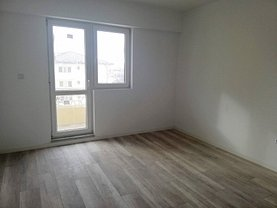 Apartament de vânzare 3 camere în Iasi, Cug
