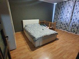 Apartament de vânzare 3 camere, în Piatra-Neamţ, zona Mărăţei