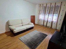 Apartament de închiriat 2 camere, în Piatra-Neamţ, zona 1 Mai