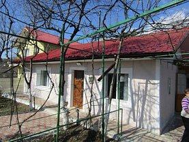 Casa de vânzare 3 camere, în Iaşi, zona Podul de Fier