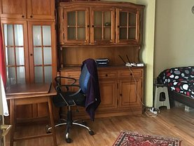Casa de vânzare 4 camere, în Iaşi, zona Podul de Fier