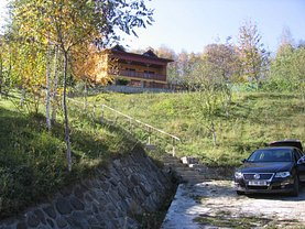 Casa de vânzare 6 camere, în Maneciu-Ungureni
