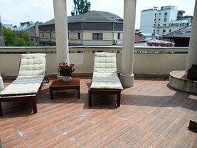 Apartament de închiriat 3 camere, în Bucuresti, zona Romana