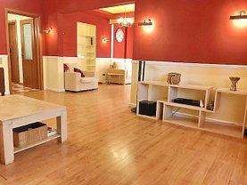 Apartament de vânzare 3 camere, în Bucuresti, zona Foisorul de Foc