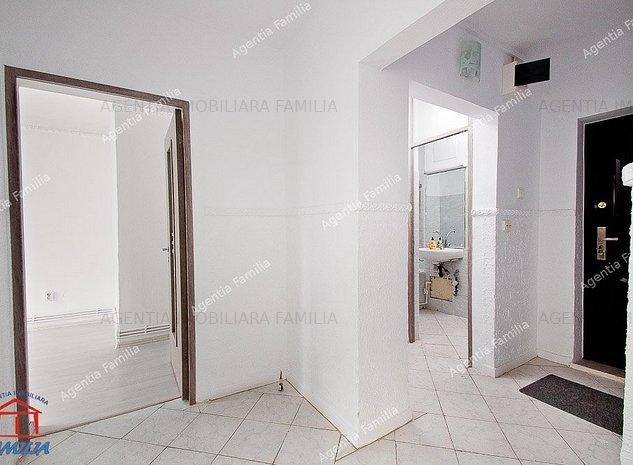 Vanzare apartament cu 2 camere in Galati, zona Micro 21, etaj 2 - imaginea 1