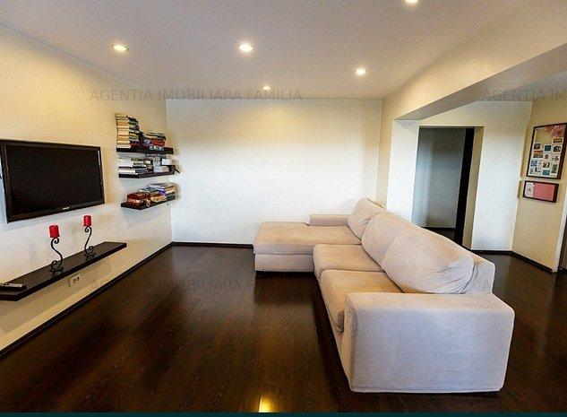 Vanzare apartament cu 3 camere,zona Micro 21, panorama,
