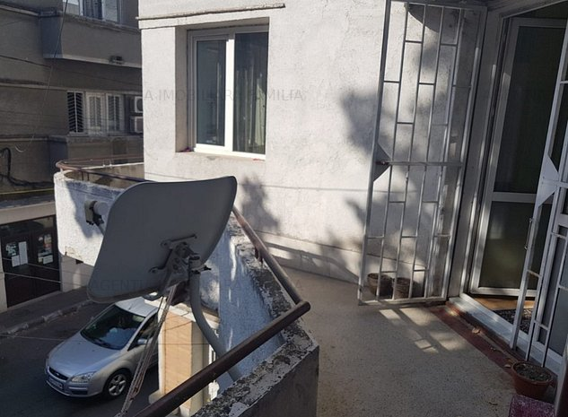 Vanzare Apartament Exclusivist, 5 camere, Centru - imaginea 1