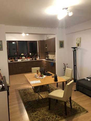 Vanzare apartament 3 camere, Padurea Dumbrava, Sibiu - imaginea 1