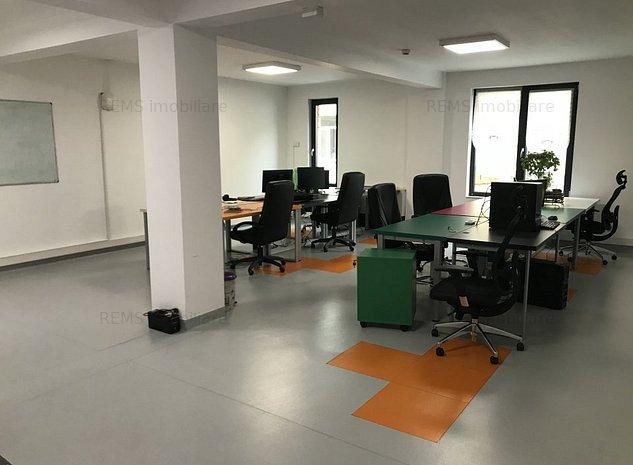 Cladire centrala singulara/ Birou IT/ Institutie - imaginea 1