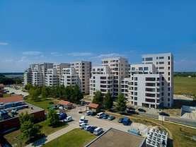 Apartament de vânzare 4 camere, în Voluntari, zona Nord