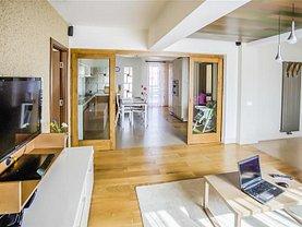 Apartament de vânzare 9 camere, în Braşov, zona Tractorul