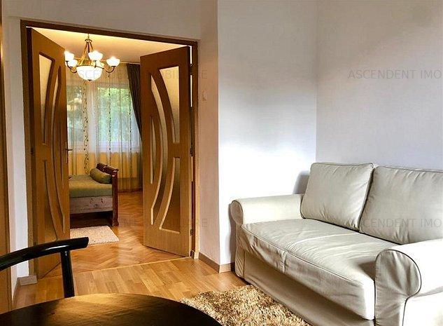 Apartament doua camere la casa pretabil si pentru regim hotelier Schei, Brasov - imaginea 1
