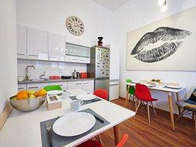 Apartament de vânzare 3 camere în Brasov, Central