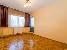 Apartament de vânzare 4 camere, în Brasov, zona Judetean