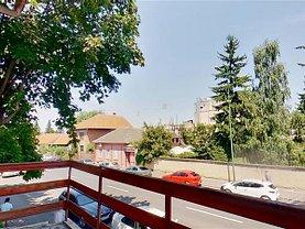 Casa de închiriat 8 camere, în Braşov, zona Central
