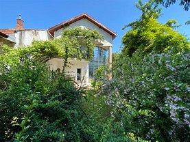 Casa de închiriat 8 camere, în Braşov, zona Centrul Civic