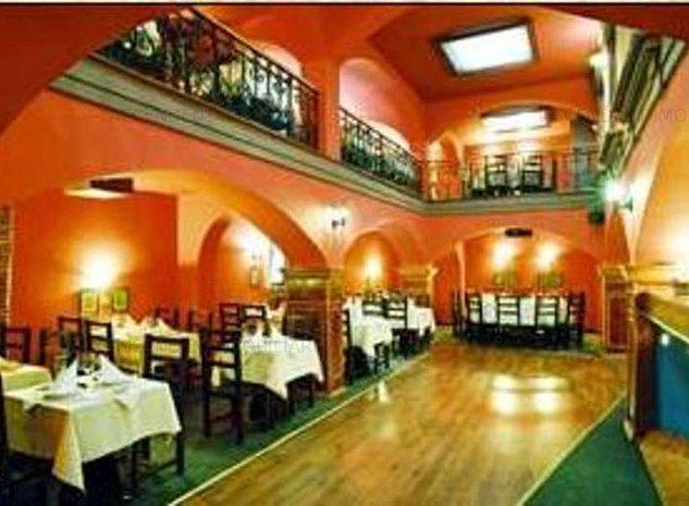Restaurant intr- un petec de istorie vie din Brasov - imaginea 1