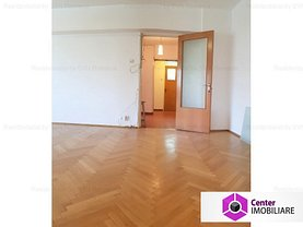 Apartament de vânzare 3 camere, în Bucuresti, zona P-ta Victoriei