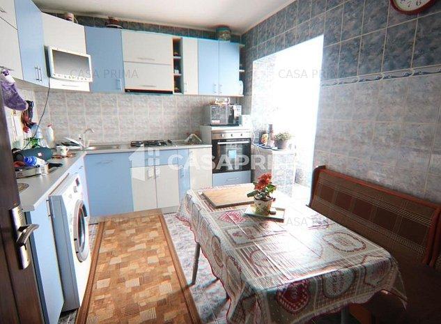 EXCLUSIVITATE! Apartament 4 camere, 2 bai, BOXA, Zimbru-Tigarete, 100 mp - imaginea 1