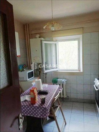 Apartament 3 camere, 72 mp, ETAJUL 3, Mircea cel Batran - imaginea 1