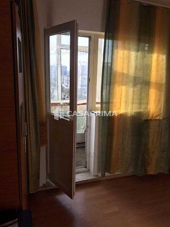 Apartament 3 camere Păcurari-50 mp, dublă vedere, curat!! - imaginea 1