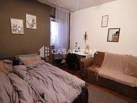 Apartament de vânzare 3 camere, în Iaşi, zona Independenţei